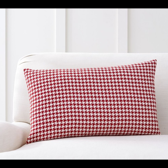 New Pottery Barn Plaid Houndstooth Lumbar pillow